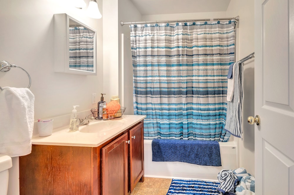 Bathroom, Experience CHARLOTTESVILLE with charm❣️
