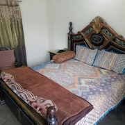Furnished Room/Budget Friendly near Lahore Airport