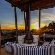 Hollywood Hills Penthouse Suite
