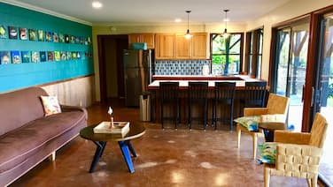 2 Bedroom Coffee Farm in the Cool Kona Highlands With Ocean Views