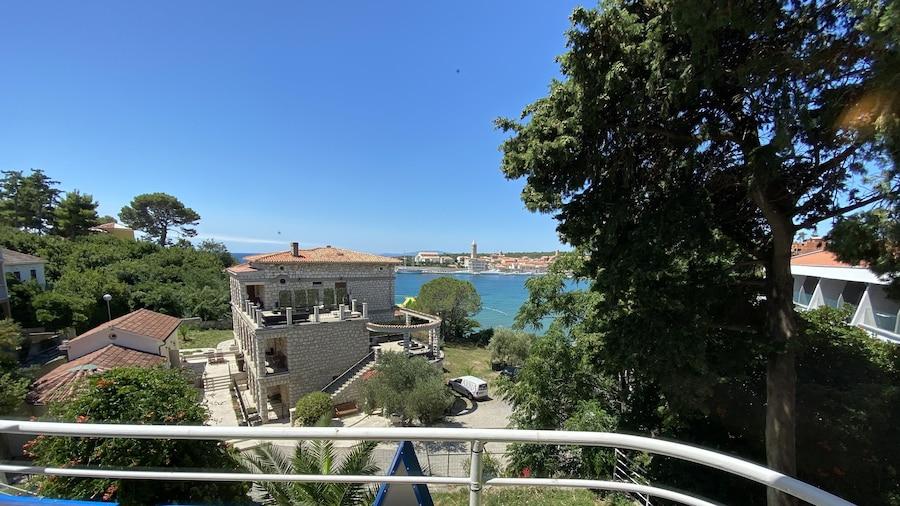 Integrated Hotel Arbia - Villa Magdalena