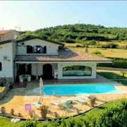 Villa With 4 Bedrooms in Castellaccio, With Private Pool, Enclosed Garden and Wifi