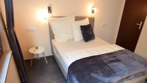 3 Schlafzimmer, Babybetten, kostenloses WLAN