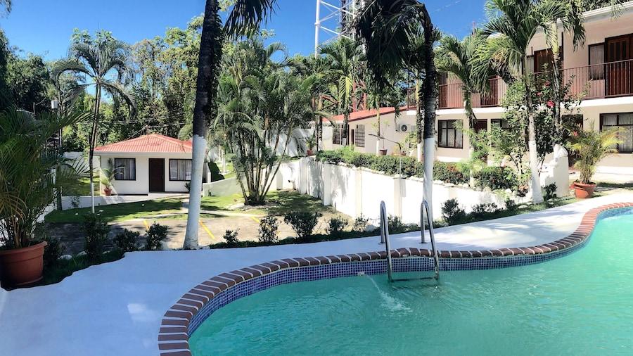 Casa Familiar Villa Aura