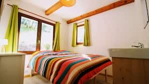 4 chambres, accès Internet, draps fournis