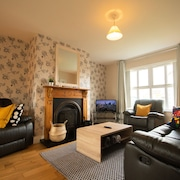 Modern Central Three Bedroom House