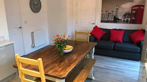 TV, ping pong table