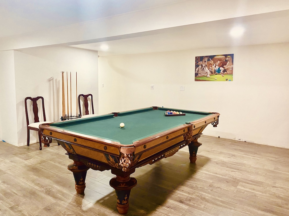 Billiards, Quiet Mind Mountain Lodge & Retreat