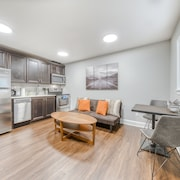 Modern, Dog-friendly Condo With Free Wifi, Full Kitchen, & Private Entrance!