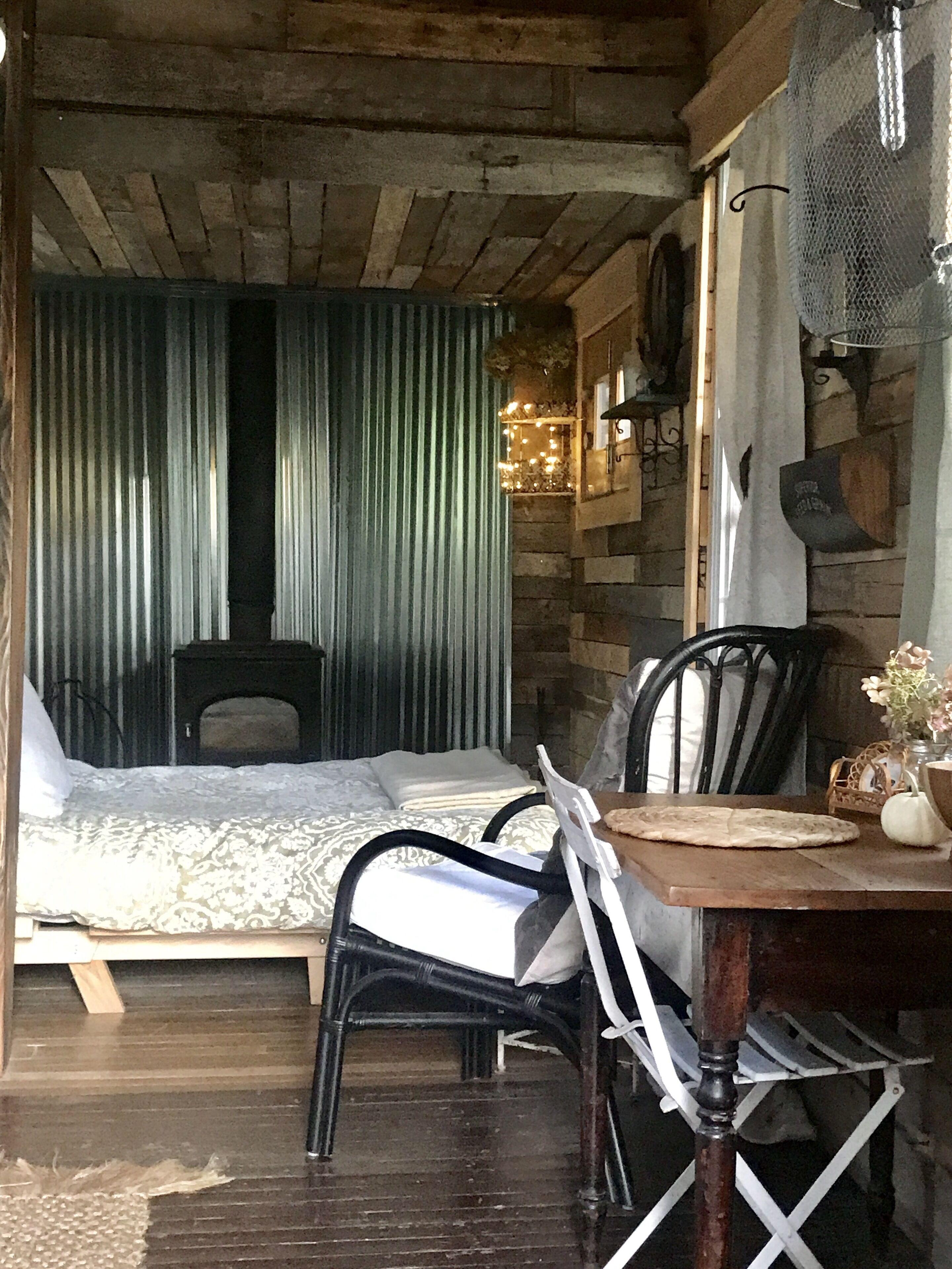 The Wanderers Cozy Tiny House Off Grid Cabin On Wheels Argyle Usa Expedia Com Au