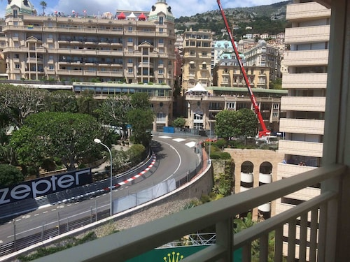 Monte-carlo Luxury Apartment Overlooking Circuit F1 Grand Prix and SEA