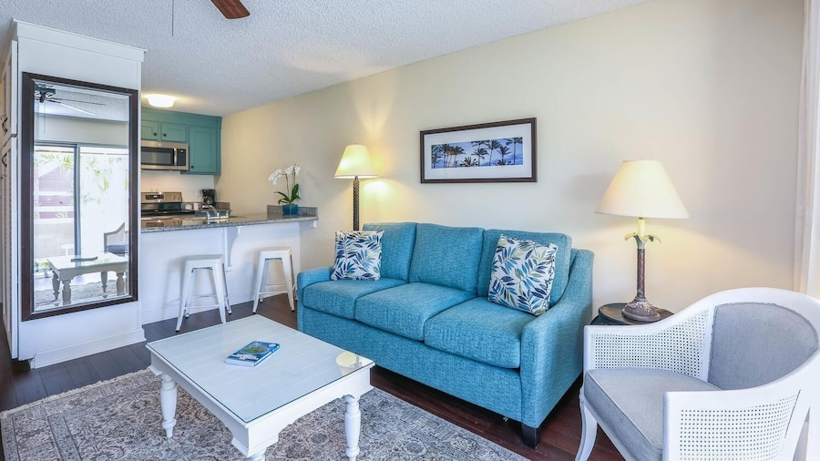 Beautifully Upgraded, Full Kitchen, Comfy King Bed, Ac 1 Bedroom Condo
