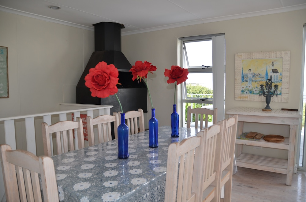 Interior, Hermanus Beach Cottage 1