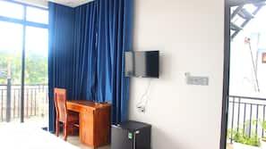 Minibar, desk, blackout drapes, free WiFi