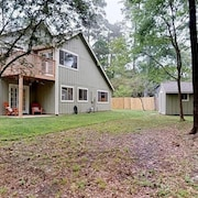 Beautiful Home In The Woodlands Best Location!