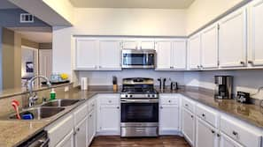 Oven, stovetop, dishwasher, cookware/dishes/utensils