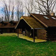 Wooded Cabin in the Laurel Highlands Ready for a Relaxing Escape or Action Filled Adventure