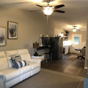 Harmony Beach House Reserve ~ Crisp And Clean Condo For Your Destin Vacation!