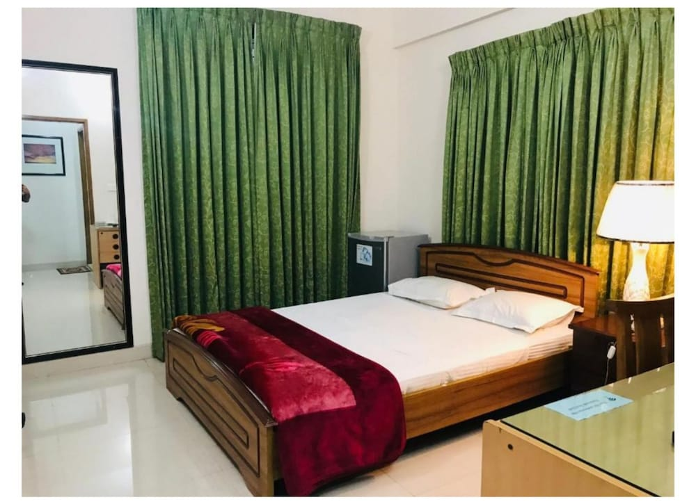 Room, Ambrosia Guest House