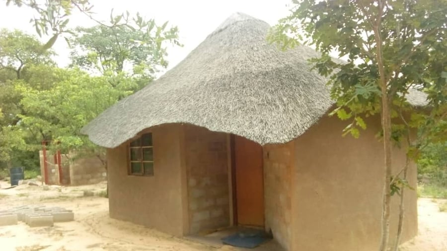 Dumisa African Home