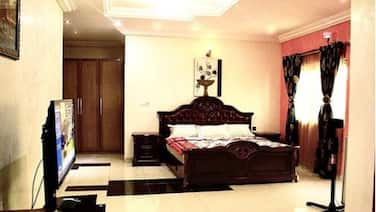 Luxury,Homely Duplex With Jacuzzi Entire house Near Int Airport
