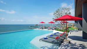 2 outdoor pools, open 7:00 AM to 7:00 PM, free pool cabanas