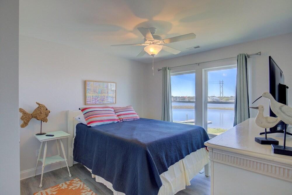 Tradewinds 509 3 Bedrooms 2 Baths 2 Queens Pyramid Bunk Bed Twin Bunk Bed Wifi Boat Dock In Jacksonville Hotel Rates Reviews On Orbitz