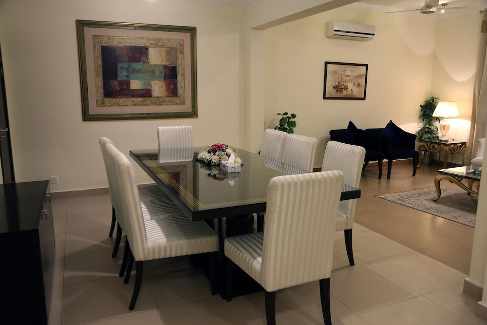 Breakfast Area, Butterfly Guest House Phase 7 Bahria Town