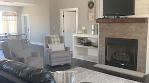 Smart TV, fireplace, video games, offices