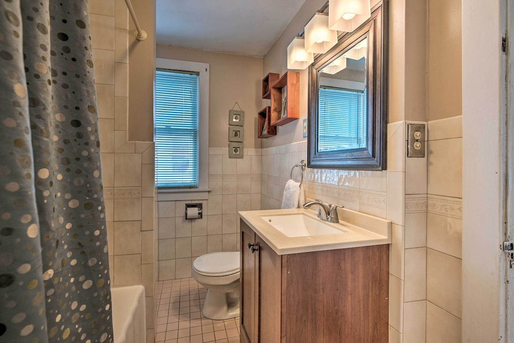 Bathroom, New! Charming Home, Near University & Attractions!