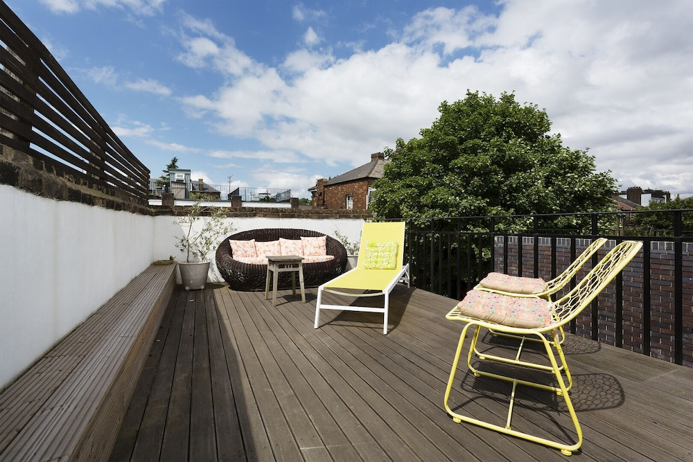 Balcony, Heaven in Highgate