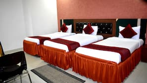 Premium bedding, down duvet, pillow top beds, individually furnished