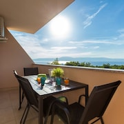 Apartment Darija in Omišalj With Beautiful sea View