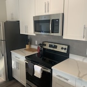 Modern and Luxurious 2 Bedroom 2 Bath at Suffern Station