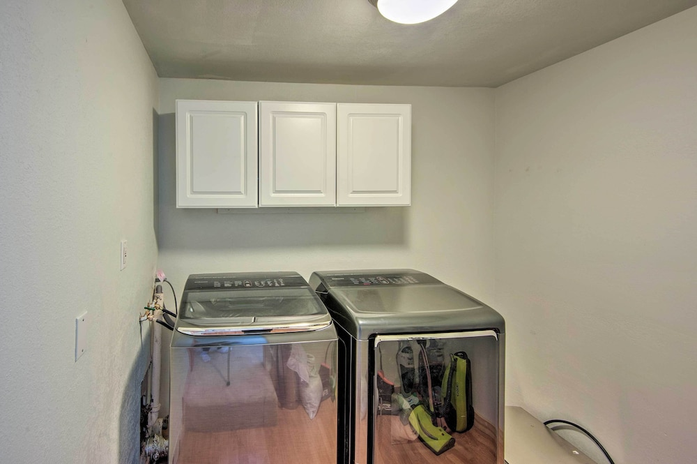 Laundry Room, New! Cozy Studio <2mi to Heavenly Mountain Resort!