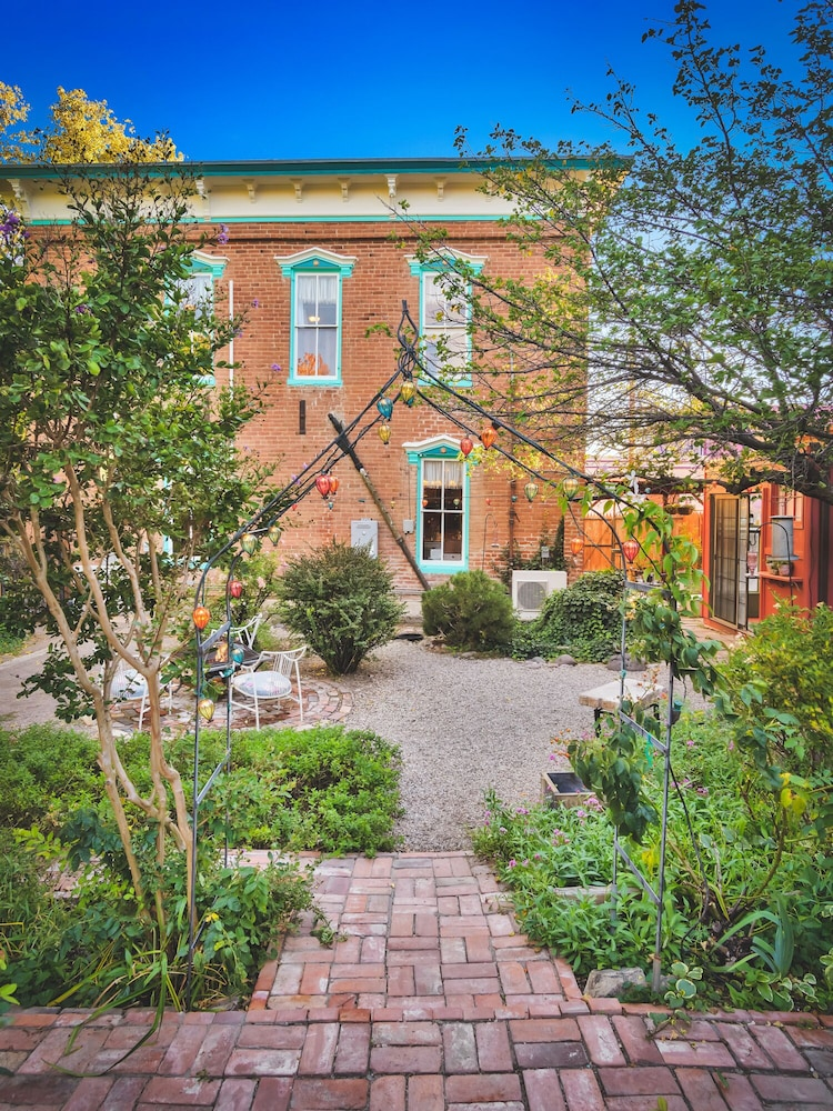 Exterior, Beautiful & charming Elizabeth Warren Historical home - built in 1886