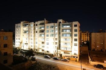 Triple A Hotel Apartment