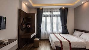 Free minibar, individually decorated, individually furnished