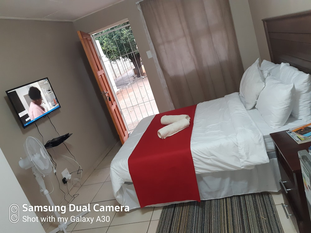 Room, Fully Furnished Rooms for Short Stay, Pretoria