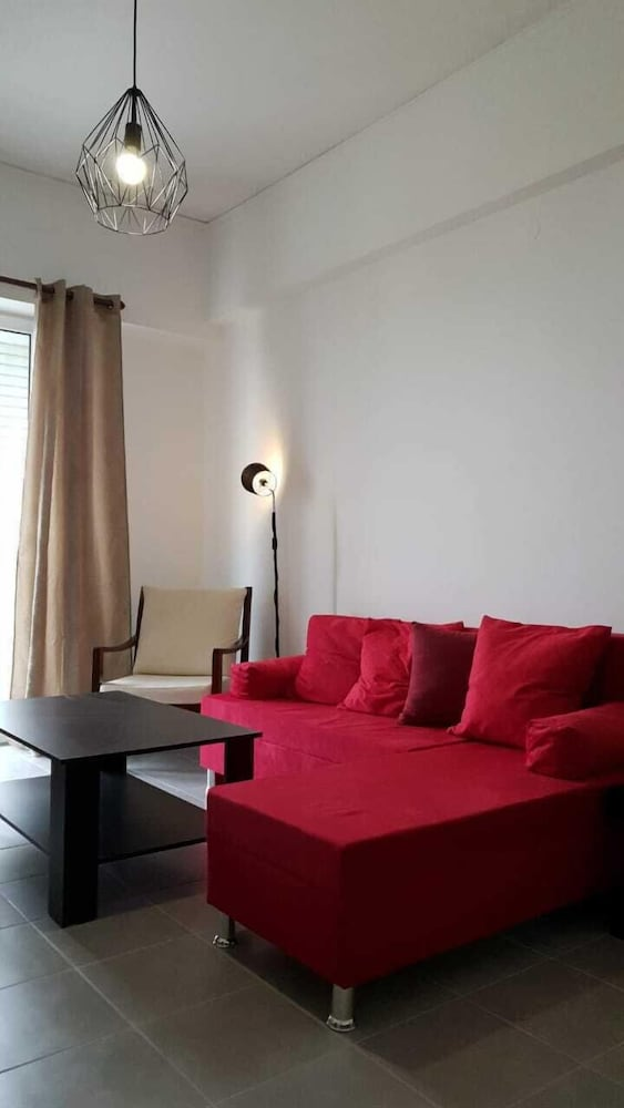 Living Room, Lovely Flat Near Port! Few Min From City Center