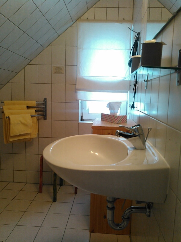 Bathroom Sink, Landhotel Possendorf