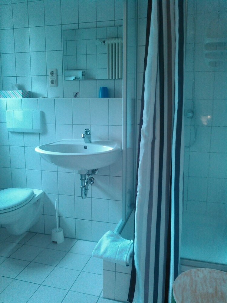 Bathroom, Landhotel Possendorf