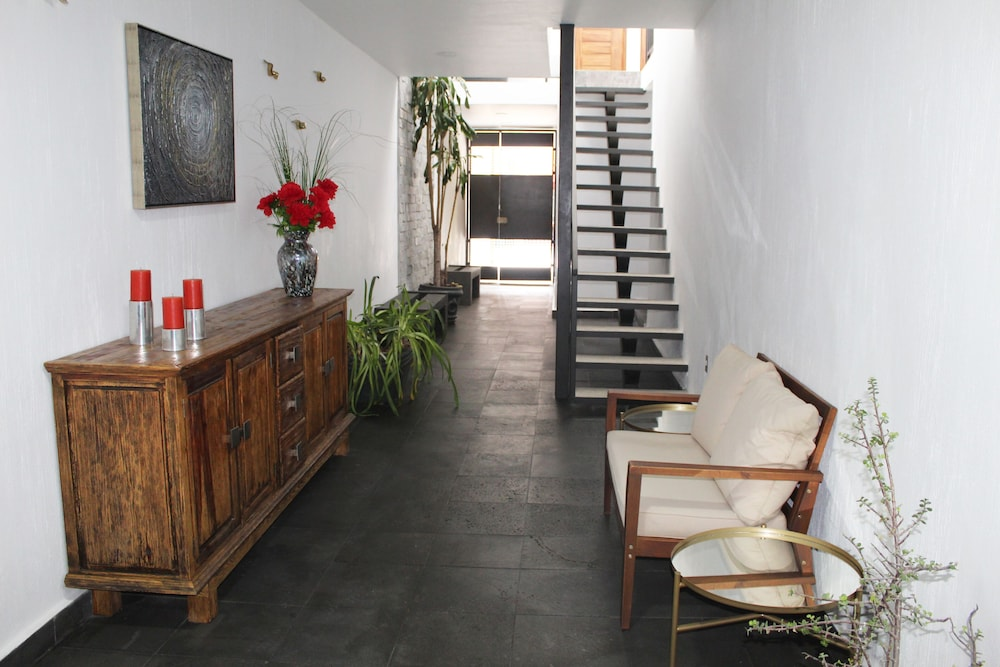 , NEW Apartment !, in the Center of Zapopan