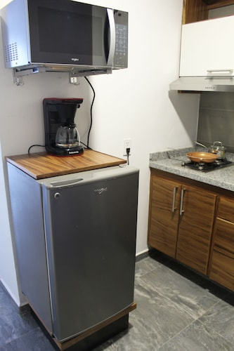 Private Kitchen, NEW Apartment !, in the Center of Zapopan