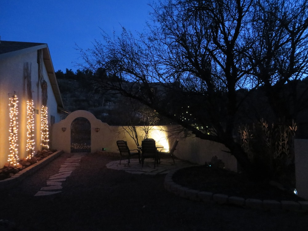 , Sedona Area - Pets Welcome! Available January 2021