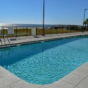 Springs Towers 405 by Seaside Vacations