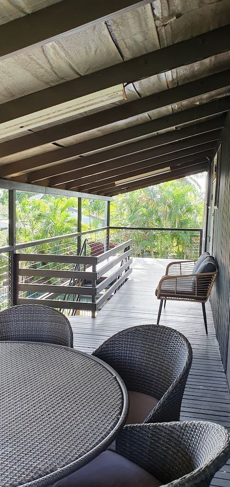 , 3 Bedroom Home & Pool / Champagne Stays Darwin