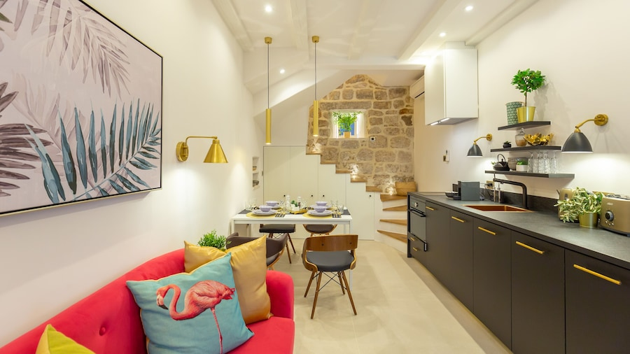 House for Winter Holidays with Floor Heating and Private Garden in the Old town