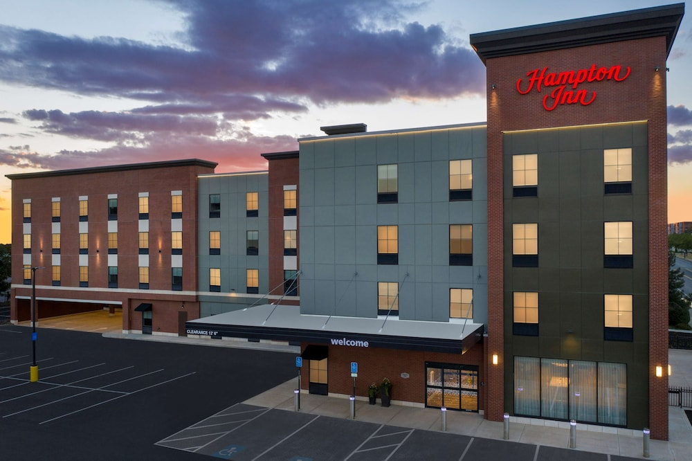 Exterior, Hampton Inn Boston Logan Airport Chelsea