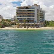 The Fives Oceanfront - Optional All Inclusive